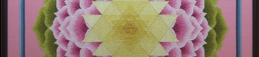 25A Borduurpatroon Kruissteken Embroidery pattern Cross-stitches Shri-Yantra